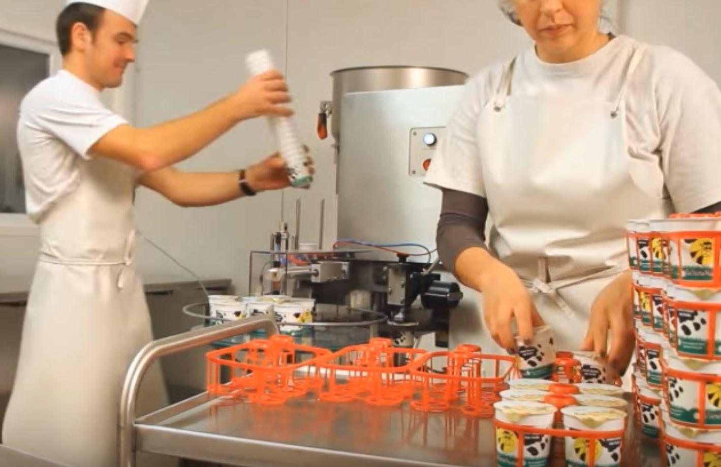 PACKINOV Machine de conditionnement conditionneuse doseuse thermoscelleuse yaourt RMD Eco